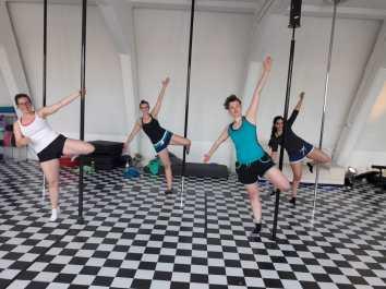 pole_dance_BUW_1